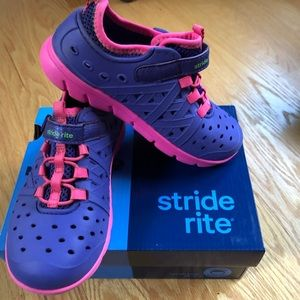 Stride rite made to play girls shoes